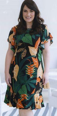 Women's Fashion Dresses, Plus Fashion, Womens Fashion, New Dress Pattern, Curvy Outfits, Nice Dresses, Ideias Fashion, Lace Dress, Women Wear