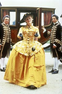 Marquise de Merteuil (Glenn Close) in Dangerous Liaisons One of my favorites Theatre Costumes, Movie Costumes, Cool Costumes, Glenn Close, 18th Century Clothing, 18th Century Fashion, Historical Costume, Historical Clothing, Drag Clothing