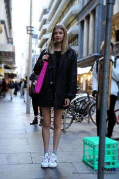 Melbourne street fashion photography  www.instagram.com/jaylim1 www.facebook.com/PlanBStyleBook http://planbstylebook.blogspot.com.au/   #melbourne #melbournefashion #melbournestreetfashion #degraves #fashion #style #fashionblogger #fashion blog #streetfashion #fashionphotography #melbournestreetstyle #photography #photographer #melbourne fashionblogger #msfw #melbournespring fashionweek #streetstyle #streetfashion #seoul #seoulfashionweek #korea #model #fashionmodel#womanfashion #womanstyle