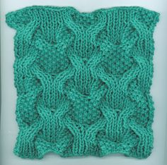 Reversible Cabled Dishcloth #knit #free_pattern