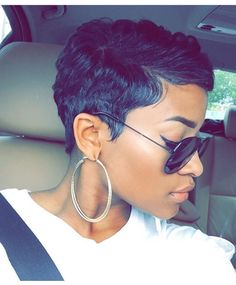 51 Pixie Haircuts You'll See Trending in 2019 - Hairstyles Trends Short Sassy Hair, Short Pixie, Short Hair Cuts, Short Hair Styles, Pixie Cuts, Wavy Pixie, Pelo Afro, Cute Haircuts, Cut Life
