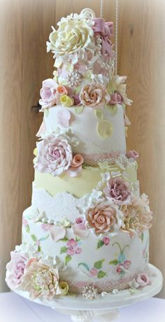 Beautifully hand painted wedding cake - My wedding ideas Amazing Wedding Cakes, Elegant Wedding Cakes, Wedding Cake Designs, Amazing Cakes, Wedding Ideas, Elegant Cakes, Gorgeous Cakes, Pretty Cakes, Cupcakes