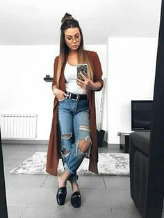 How to rock the casual chic look Winter Outfits, Casual Outfits, Cute Outfits, Fashion Outfits, Casual Sunday Outfit, Black Outfits, Casual Attire, Casual Chic, Boyfriend Jeans