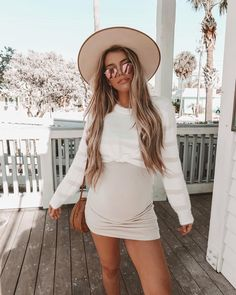 Bumpin' into the weekend like 👶🏼 36 weeks pregnant Signs Of Maternity & Pregnancy Analyze The in Cute Maternity Outfits, Stylish Maternity, Maternity Pictures, Pregnancy Photos, Cute Outfits, Pregnancy Info, Pregnancy Weeks, Maternity Mini Dresses, Pregnancy Videos