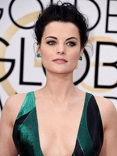 Golden Globes 2016: The Best Beauty Looks of the Night: Jaimie Alexander | allure.com