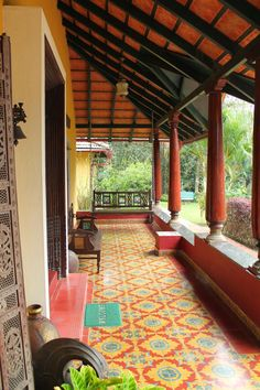 The Silver Brook Estate as we make an entry. The narrow trail, with thick foliage on either side of. Indian Home Design, Kerala House Design, Small House Design, Courtyard Design, Courtyard House, Balcony Design, Village House Design, Village Houses, Chettinad House