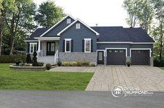 Vue avant Plan de maison craftsman avec plancher à aire ouverte et garage double, buanderie au rez-de-chaussée - Alice 3