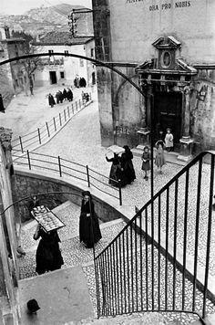 Henri Cartier - Bresson: Aquila degli Abruzzi, Italy, 1952