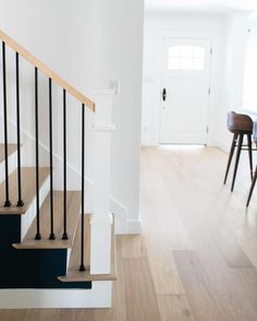 Taking stair style to the next level with this modern rod iron banister! Home Design Decor, House Design, Interior Design, Home Decor, Exterior Stairs, Interior And Exterior, Banisters, Railings, Family Room