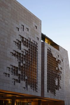 Parliament House by Renzo Piano / Valletta, Malta >>> www.modlar.com