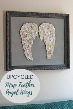 How to make gorgeous paper angel wings decor for your home. All you will need is an old road map to upcycle into the map feathers and some scrap cardboard. Angel Wings Wall Decor, Feather Angel Wings, Unique Wall Art, Diy Wall Art, Map Crafts, Decor Crafts, Feather Template, Paper Feathers, Paper Angel