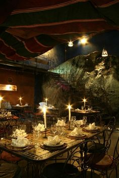 African candle-light dinners at Moyo Melrose Arch.
