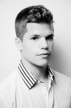 Max And Charlie Carver Carver Twins, Max Carver, Teen Wolf Twins, Max And Charlie Carver, My Big Love, Cute Actors, Actor Model, Hot Boys, Celebs
