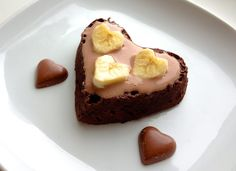 The Good Morning blog, healthy microwave chocolate cake.   1 banana 1 egg 1 tbsp chocolate protein powder 2 tbsp real chocolate powder  Haven't tried it, but sounds good!
