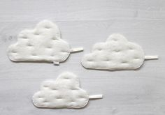 Clouds Pot holders Set of 3 Off white linen by BeanieonHelinaSHOP Fabric Doll Pattern, Fabric Dolls, Pattern Paper, Fabric Brooch, Japanese Sewing, Textiles, Felt Food, Mug Rugs, Potholders