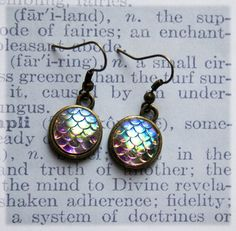 A gorgeous small but special gift, particularly for mermaid lovers!