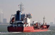 Vaart in pool North Sea Tankers  13 maart 2016 te IJmuiden onderweg naar de Afrikahaven   http://koopvaardij.blogspot.nl/2016/03/vaart-in-pool-north-sea-tankers.html