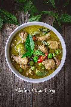 Japanese Street Food, Thai Street Food, Indian Street Food, Thai Recipes, Curry Recipes, Asian Recipes, Vegetarian Recipes, Authentic Thai Food, Curry Ingredients