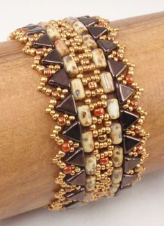 Beading Tutorial for Guardians of the Pyramids Bracelet