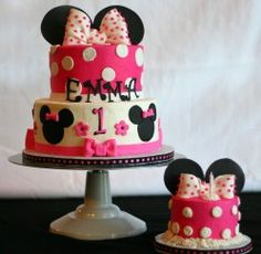 minnie smash cake