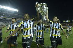 Mais fotos da Vitória do Glorioso, aqui ó:   http://brasil.puma.com/football/albums/comemoramos-o-nosso-primeiro-carioca-com-o-botafogo