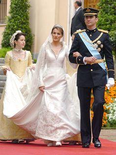 Los vestidos de novia más emblemáticos de la realeza. ¿Con cuál te quedas?