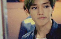 in which, taeyong always receives a sticky notes from his anonymous e… # Cerita pendek # amreading # books # wattpad Nct Taeyong, Wattpad, Got7, Harsh Words, Fanfiction, Mark Nct, Bae, Kpop, Hanbin