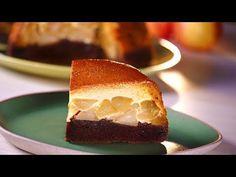 Tort de mere cu crema de zahar ars · Delicatese.net Desert Recipes, Cheesecake, Goodies, Pudding, Sweets, Make It Yourself, Baking, Apple Tarts, Food