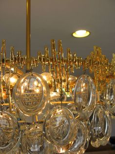 Vintage Sciolari Crystal and Brass Chandelier at 1stdibs