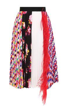 Женская разноцветного плиссированная юбка с принтом и перьевой отделкой MSGM — купить за 51750 руб. в интернет-магазине ЦУМ, арт. 2543MDD06P 184725
