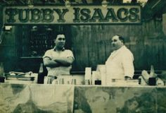 The legendary Tubby Isaac's jellied eel stall in London's East End. London History, British History, Vintage London, Old London, Old Photos, Vintage Photos, Vintage Stuff, Vintage Photographs, East End London
