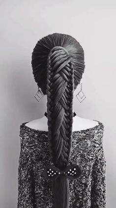 Kheumani Stevenson hair updo ft QT HAAR You are in the right place about christmas scenes Here we offer you … Easy Hairstyles For Long Hair, Braids For Long Hair, Braided Hairstyles, Cool Hairstyles, Workout Hairstyles, Wedding Hairstyles, Curly Hair Styles, Natural Hair Styles, Updo Styles