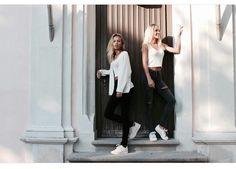 Lisa und Lena *pattern*