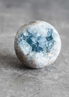 Heavenly in its nature, celestite, is known to help connect you with your guardian angel. Each sphere features a rough geode formation in beautiful soft blue hu