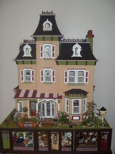 Lindas Miniature Musings: shabby this looks like the Beacon Hill kit with extensive alterations