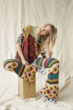 70s Fashion, Fashion Trends, Hippy Fashion, Bohemian Fashion, Fashion Ideas, Autumn Fashion, High Rise Pants, Knit Wrap, Crochet Fashion