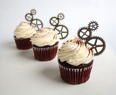 Steampunk - 12 Steampunk Gear Cupcake Toppers (Acrylic) by ThickandThinDesigns