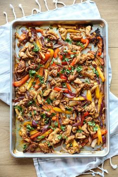 Sheet Pan Fajitas is part of Fajita recipe - Quick and easy sheet pan dinner featuring juicy flavorful chicken with roasted bell peppers and onions Perfect week night meal! Served my family of 6 just perfectly Chicken Peppers And Onions, Comida Latina, Cooking Recipes, Healthy Recipes, Fast Recipes, Keto Recipes, Vegetarian Recipes, Weeknight Meals, Mexican Food Recipes
