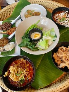 Easter and other recipes galore, Youtube video, tastebud travel - Malaysia, Thailand, Spain, things to enjoy, Morocco tour and more Easter Show, Malaysian Cuisine, Bread And Butter Pudding, Thai Street Food, Weekly Newsletter, Fruit And Veg, Dinner Menu, Other Recipes, Morocco