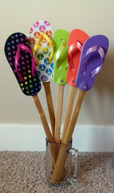 These flyswatters are made with real flip flops and my most favorite project....They are great for home decor, novelty gifts and they really works