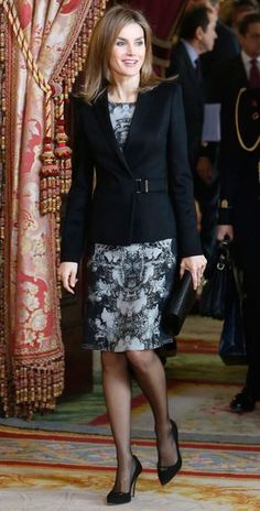 In fashion: As proven by King Felipe VI of Spain and Queen Letizia, the festive period means business as usual, and for Letizia, that meant yet another stylish outfit Royal Fashion, Look Fashion, Womens Fashion, Fashion Design, Unique Fashion, Princess Letizia, Queen Letizia, Power Dressing, Dress Suits