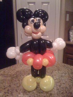 Minnie Mouse Balloon Sculpture