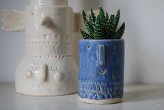 Atelier Stella. Little succulent pot. Matt blue glaze.