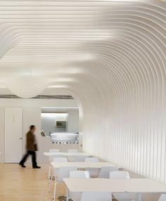 Bakery In Oporto by Paulo Merlini Architects Shop Interior Design, Retail Design, Store Design, Architecture Building Design, Interior Architecture, Roof Design, Ceiling Design, Retail Trends, Parametric Design