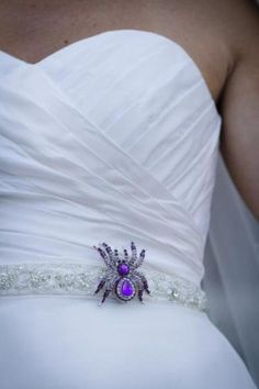 Planning a Halloween wedding? A spider accessory is the perfect, spooky touch for your dress!