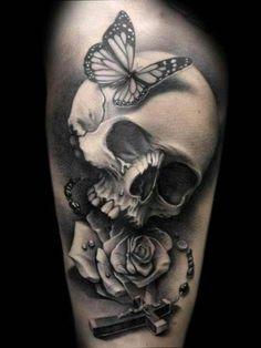 Beautiful body art. Skull Tatto. Girly. I want it. Thanks to sam:)