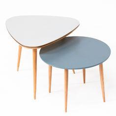 """Tables tripodes années 50 """"Connie"""" et """"Tati""""."""