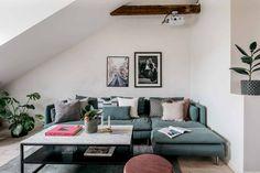 Tonuri elegante de culoare în decorul unei mansarde de 65 m² Jurnal de design interior