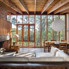 Look Inside Cape Cod's Hidden Modern Houses is part of - Wellfleet is a hotbed of modernist architecture Interior Architecture, Interior And Exterior, Sustainable Architecture, Residential Architecture, Tadelakt, Trendy Home, House In The Woods, Modern Interior Design, Interior Designing