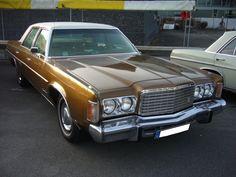 Chrysler Newport Custom fourdoor Sedan des Modelljahres 1974. Der Newport war…